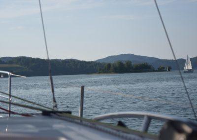 Czarter jachtów Estro